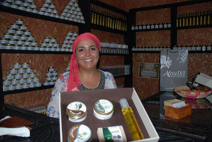 L'huile d'argan est un produit phare du Maroc, ici à la coopérative féminine d'Afoulki, à Idmine. Photo : A. Hervé