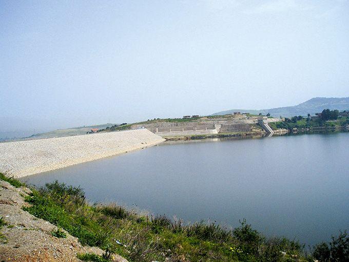 Le barrage de Taksebt à Tizi Ouzou. Photo : DR