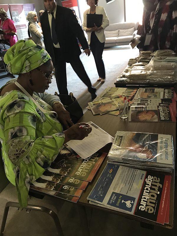 Le stand d'Afrique Agriculture ne manque pas d'attirer des visiteurs.