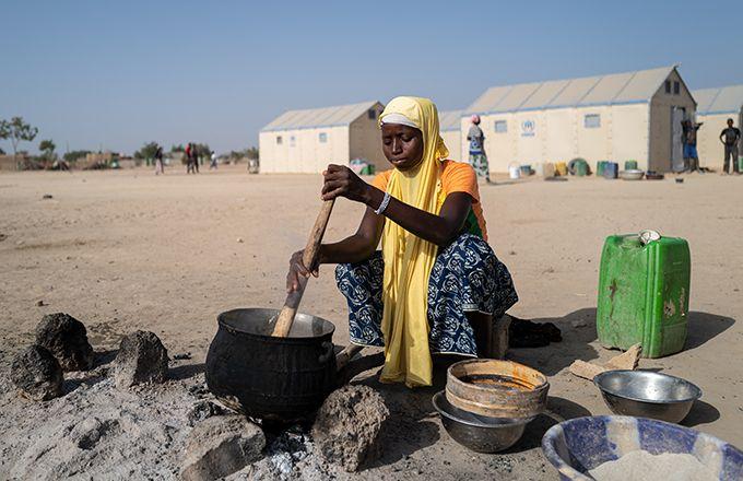 Les populations rurales et paysannes sont particulièrement exposées au risque de pénurie alimentaire, comme ici au Burkina Faso. Photo: Sylvain Cherkaoui/Oxfam