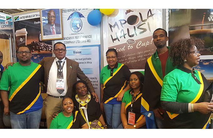 La Tanzanie participait pour la première fois, avec un stand, au Salon de l'agriculture de Paris. Photo: Silas Bayebane