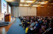 Le premier Tropical Fruit Congress a réuni plusieurs centaines de participants dont beaucoup d'Africains venus s'enquérir des dernières informations sur les filières mangue et avocat. Photo : MacFrut